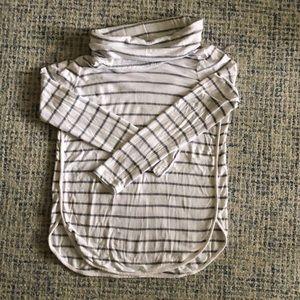 Lou & Grey Turtleneck Sweatshirt